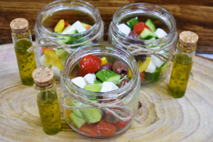 Greek salad (v)